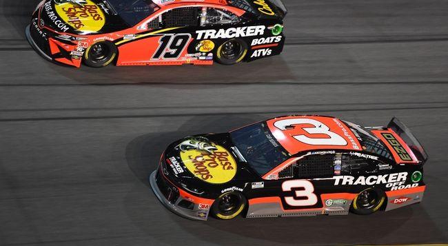 Darlington 400: NASCAR CUP Series Picks, Predictions, and ...